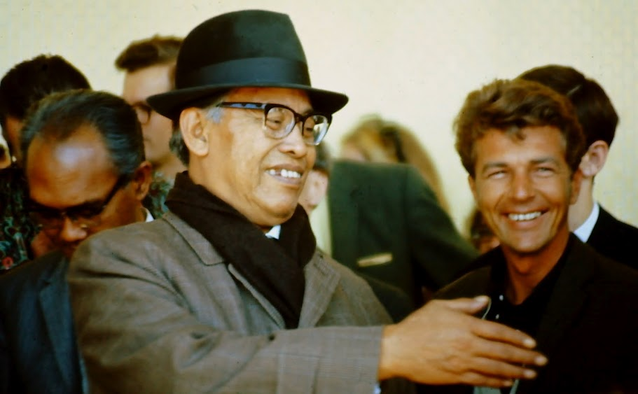 Bapak in Los Angeles, 1967
